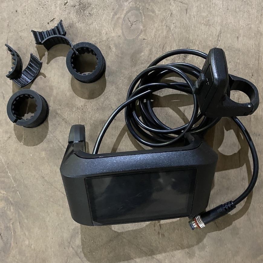 Кольоровий монітор для контролера Kelly з можливістю програмування.